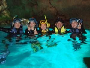青の洞窟シュノ―ケリング