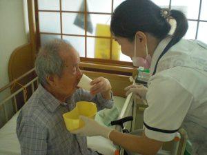 特養で訪問口腔ケアを行いました。