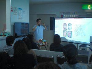 口腔機能勉強会開催しました。